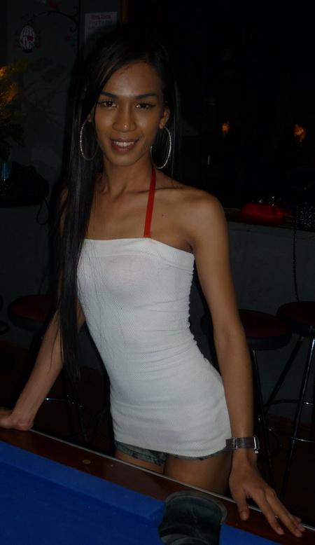 Annie Smiling wearing a white dress at pool table David Bonnie Bangkok Thailand davidbonnie.com