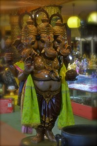 Budhism Statue David Bonnie Bangkok Thailand davidbonnie.com