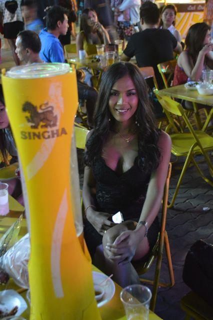 Annie Profile Photo Singha Beer David Bonnie Bangkok Thailand davidbonnie.com
