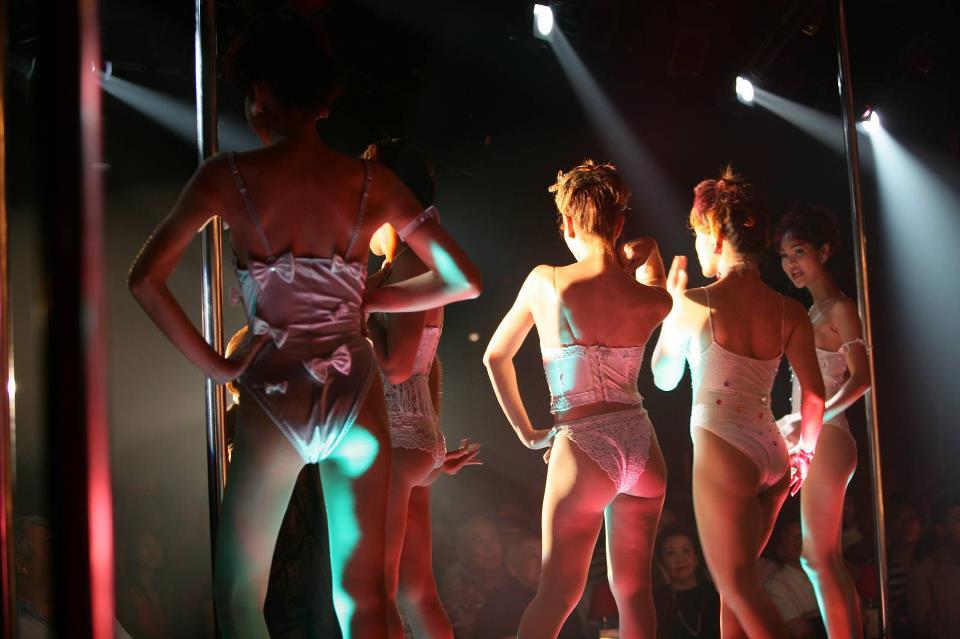 Thai Ladyboys Cabaret Show David Bonnie Bangkok Thailand davidbonnie.com