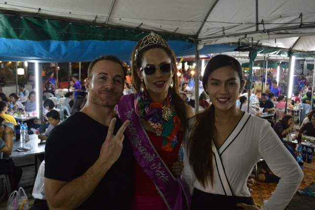 ladyboys-davidbonnie-annie-thailand-adrian-hostess