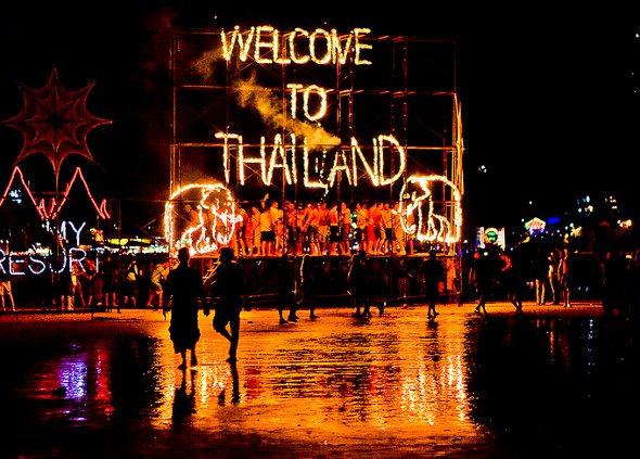 ladyboys-davidbonnie-thailand